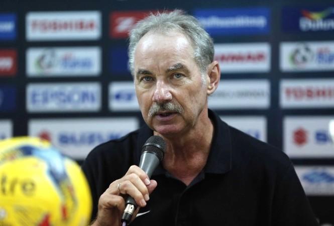 Alfred Riedl và Indonesia cùng lập kỷ lục về nhì.