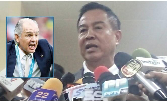 Chủ tịch LĐBĐ Thái Lan phủ nhận liên hệ với HLV Alejandro Sabella.