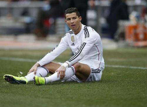 """Ronaldo dần bị """"cô lập"""" ở Real Madrid."""