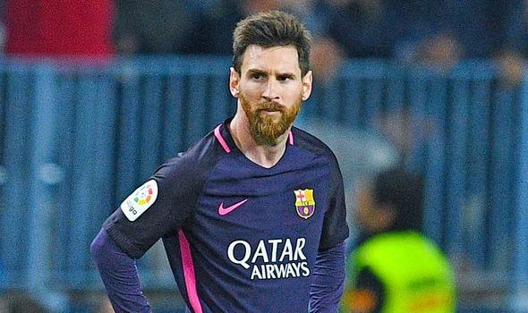 Messi ép HLV Enrique loại 3 đồng đội ở Barcelona.