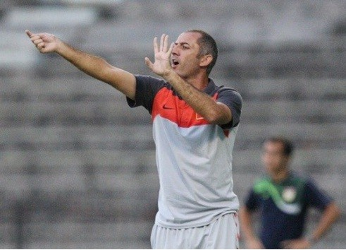 HLV Graechen không hài lòng với U19 HAGL