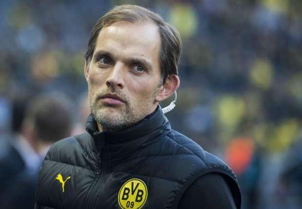 HLV Thomas Tuchel thất vọng về hàng thủ Dortmund.