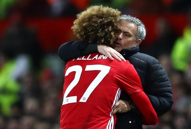 HLV Mourinho đánh giá cao vai trò của Marouane Fellaini tại M.U.