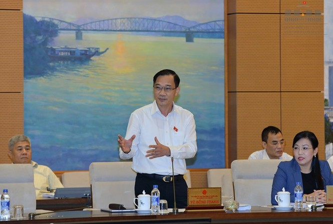 Chủ nhiệm Ủy ban kinh tế Vũ Hồng Thanh