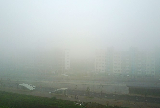 Hà Nội mịt mù trong sương dày đặc