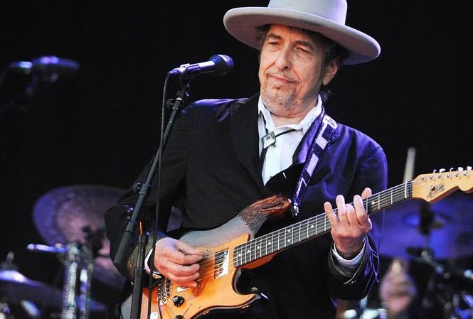 Nam danh ca Bob Dylan là chủ nhân giải Nobel Văn học 2016.