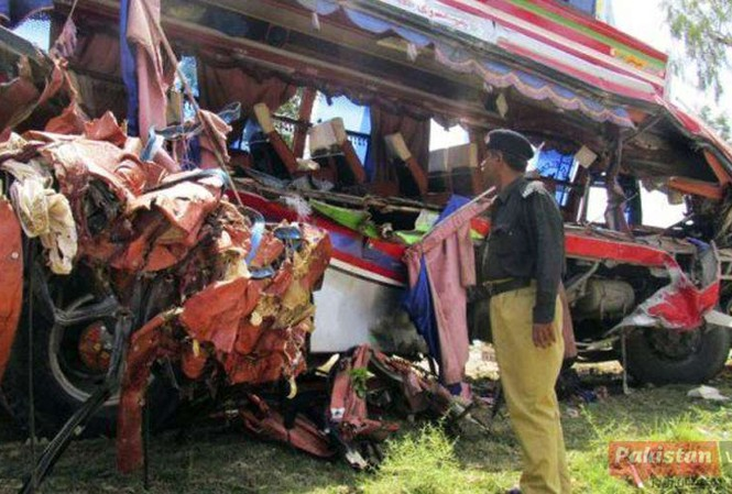 Hiện trường vụ tai nạn. Ảnh: Pakistan View