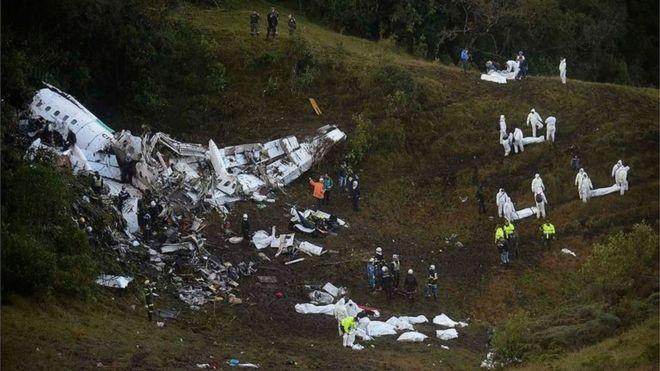 Hiện trường vụ tai nạn máy bay.
