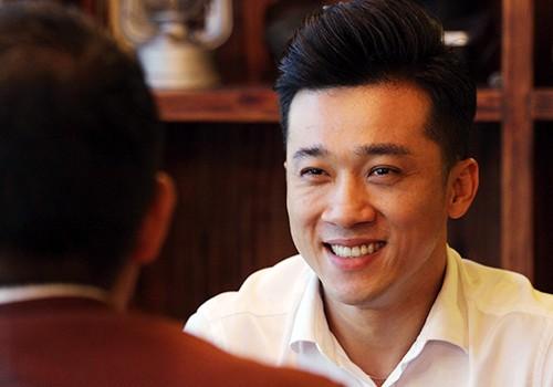 Ca sĩ Quang Hào, người vừa được trao quyết định làm quyền Giám đốc Nhà hát trưng vương Đà Nẵng. Ảnh: Nguyễn Đông.