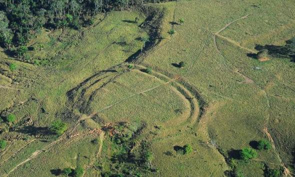 Hình vẽ khổng lồ được phát hiện tại rừng Amazon.