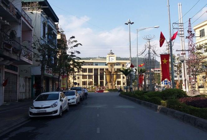 Cẩm Phả quyết lập lại trật tự từ việc thu phí dừng đỗ xe.