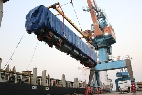 Đoàn tàu đầu tiên của dự án Cát Linh – Hà Đông cập cảng Hải Phòng