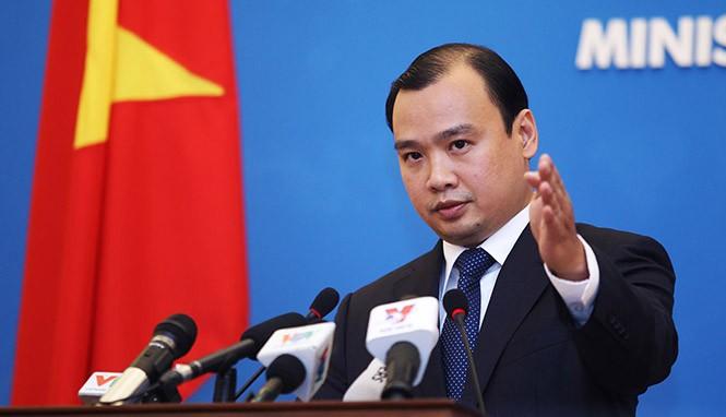 Việt Nam xác minh việc Trung Quốc xây kho chứa tên lửa ở biển Đông