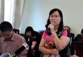 TS Phan Thị Luyến bày tỏ nhiều băn khoăn về nội dung cũng như việc triển khai chương trình mới.