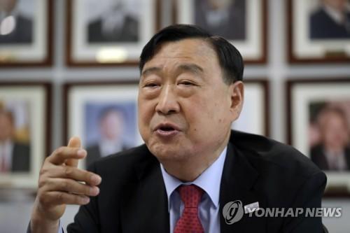 Ông Lee Hee-beom -  Trưởng BTC thế vận hội Olympic Mùa đông PyeongChang 2018. Ảnh: Yonhap