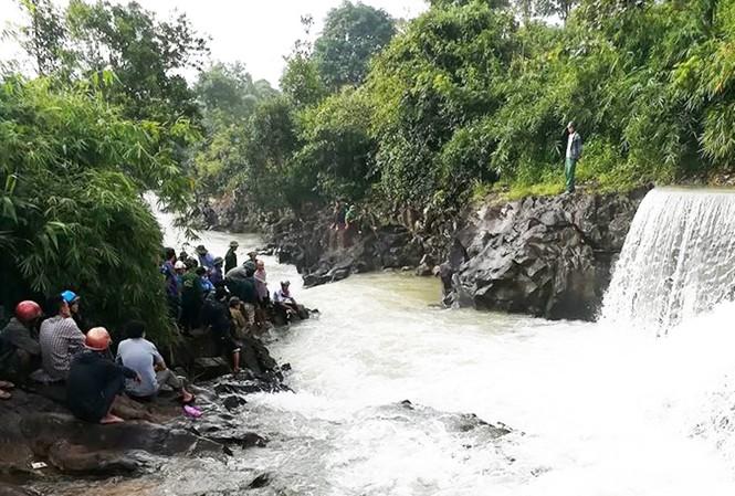 Suối Đục nơi Quyết bị dòng nước xiết cuốn trôi