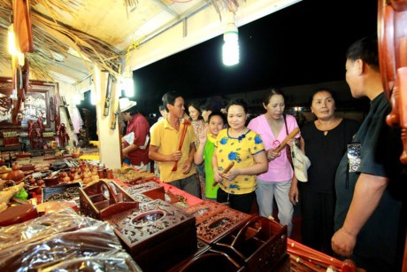 Hà Nội đẩy mạnh đầu tư cho việc đào tạo lao động tại các làng nghề truyền thống - Ảnh: Minh hoạ