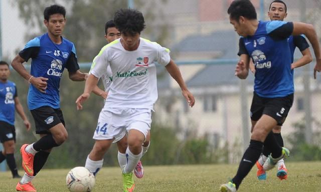Cầu thủ U19 tràn ngập V.League 2015