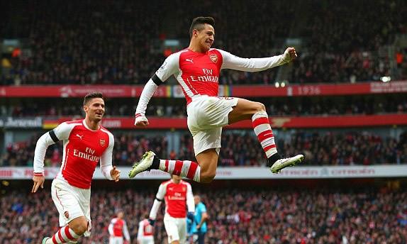 Arsenal vs Stoke (3-0): Người hùng Sanchez