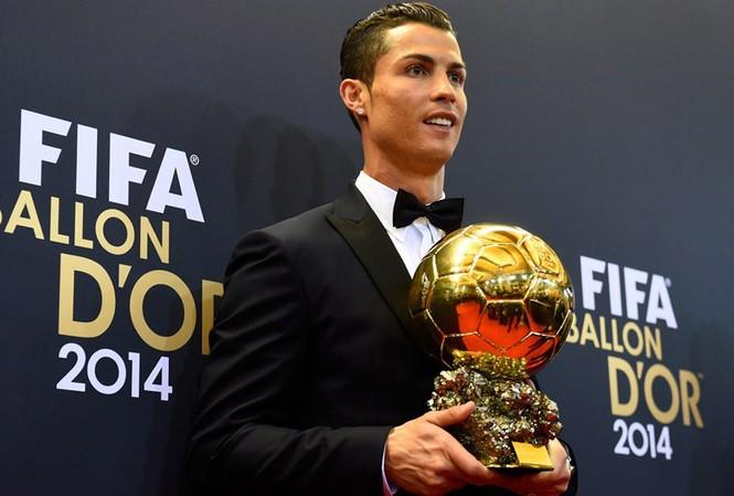 BẢN TIN Thể thao sáng: Ronaldo không trọn đời ở Real