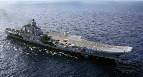 Tàu sân bay Đô đốc Kuznetsov. Ảnh: AP.