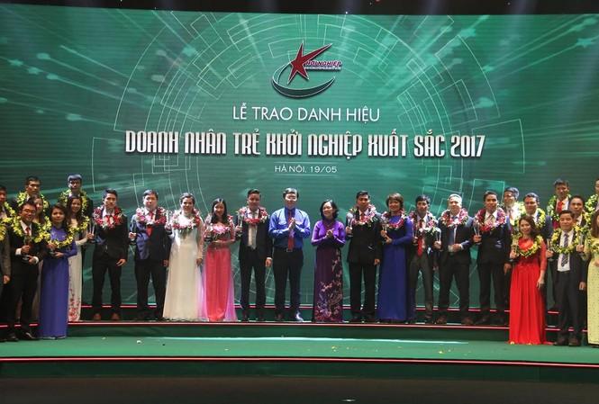 Các doanh nhân trẻ khởi nghiệp xuất sắc 2017 được trao giải vào tối 19/5