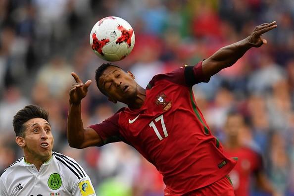Bồ Đào Nha đánh rơi chiến thắng ở Confederation Cup
