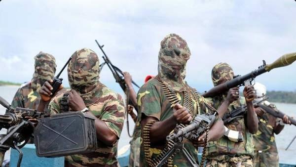 Các tay súng Boko Haram. Ảnh: CNN