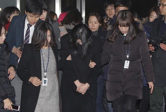 Cho Hyun-ah ra hầu tòa