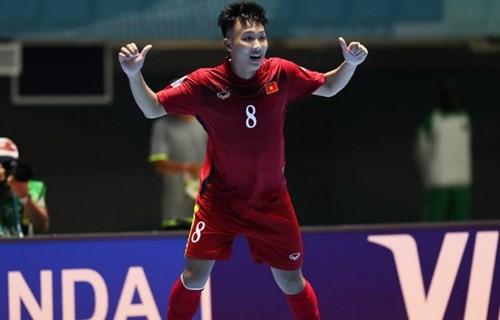 Siêu phẩm của Minh Trí đẹp thứ 2 Futsal World Cup