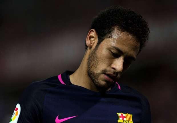 Neymar lĩnh án treo giò 3 trận vì hành vi không tôn trọng trọng tài