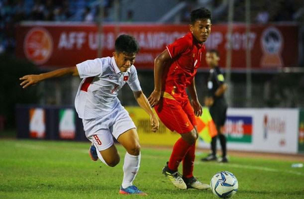 U18 Việt Nam thua ngược Myanmar vì sai lầm của thủ môn. Ảnh: Zing