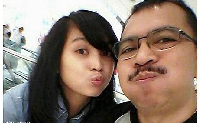 Cơ trưởng Iriyanto và con gái