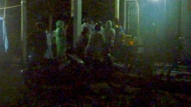 Gia đình nạn nhân Trần Thế Hiển chuẩn bị trước cho công tác giám định tử thi lần 2.
