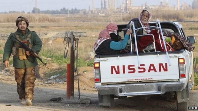 Khoảng 350 thành viên bộ tộc Yazidi được trả tự do (Ảnh: BBC)
