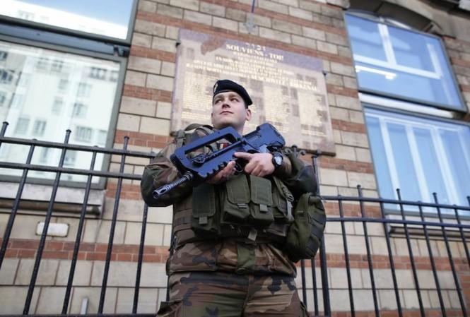 Vụ bắt giữ diễn ra trong bối cảnh Pháp đang thắt chặt an ninh sau các vụ tấn công gần đây