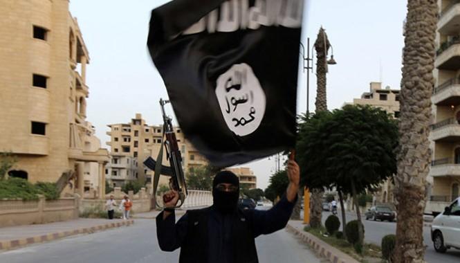 Một phiến quân IS. Ảnh: RT