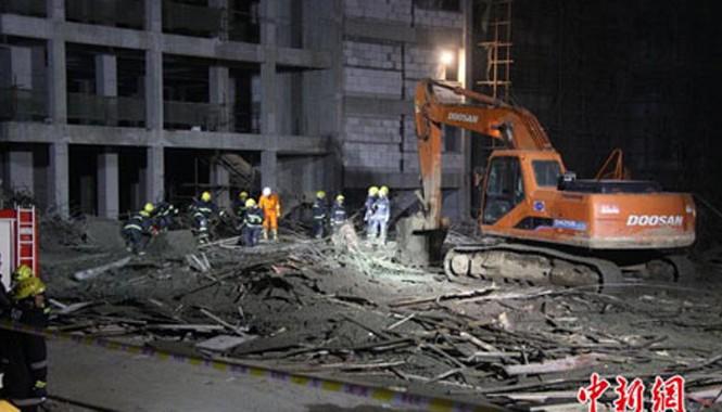 Hiện trường một vụ sập nhà tại Trung Quốc trước đó (Ảnh: Chinanews)