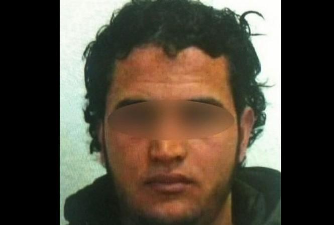 Bức ảnh đầu tiên của nghi phạm khủng bố được cảnh sát Đức công bố.