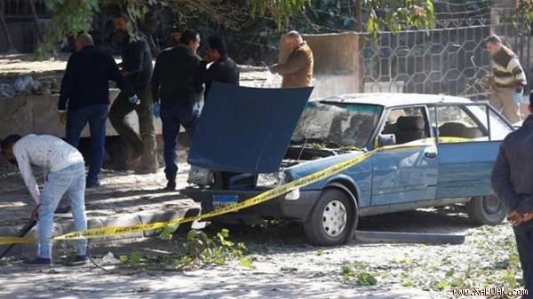 Hiện trường một vụ đánh bom xe khác ở Ai Cập năm ngoái.