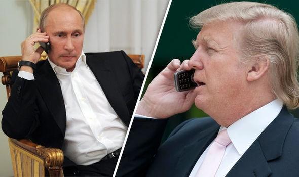 Tổng thống Mỹ Donald Trump (phải) đã gọi điện cho người đồng cấp Nga Vladimir Putin để gửi lời chia buồn sau vụ khủng bố St. Peterburg.