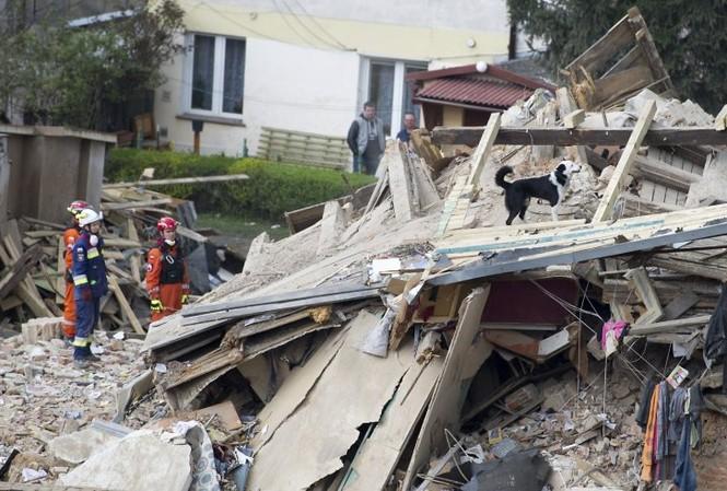 Hiện trường vụ sập nhà.