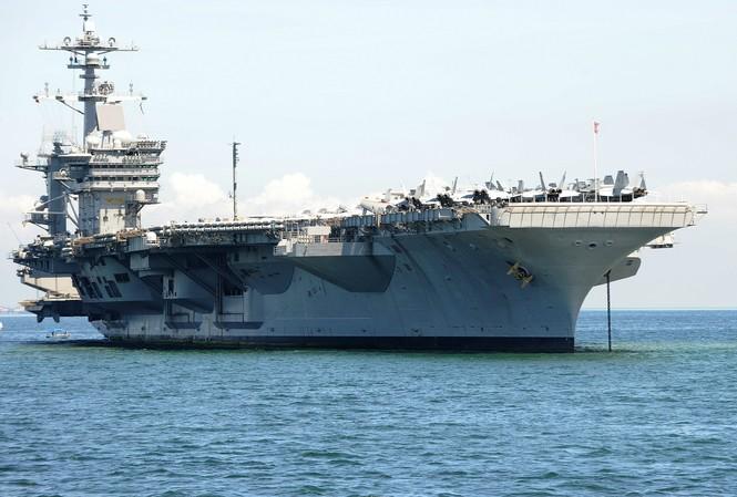 Tàu sân bay USS Carl Vinson của Hải quân Mỹ.
