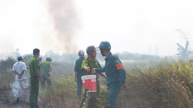 Sau hai giờ ứng cứu, lực lượng chức năng mới dập tắt được đám cháy