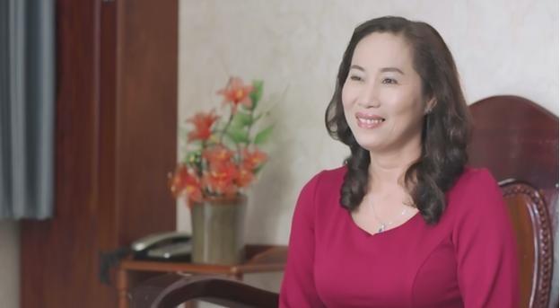 Chị Xuân Thương giờ đây luôn rạng  ngời hạnh phúc nhờ bí quyết cân bằng nội tiết tố nữ