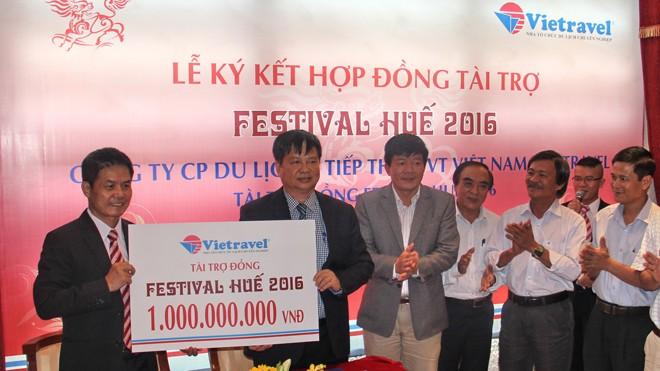 Vietravel tài trợ cho Festival Huế năm 2016 là 1 tỷ đồng.