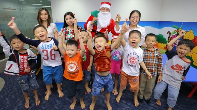 Cơ hội nhận ngay quà tặng giáng sinh bất ngờ tại VUS