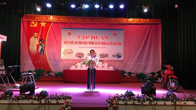Đ/c Lộc Minh Hiệp - PBTTT Tỉnh đoàn phát biểu khai mạc lớp tập huấn