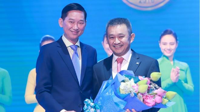Vietnam Airlines được vinh danh năm thứ 2 liên tiếp là Hãng hàng không quốc tế 4 sao theo tiêu chuẩn Skytrax