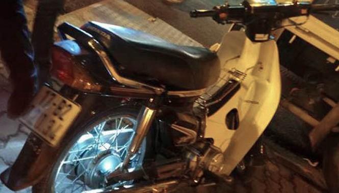 Chiếc xe máy tang vật của vụ trộm cắp trước đó bị thu giữ.